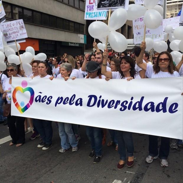 O Grupo Mães pela Diversidade abre a Parada LGBT de São Paulo (Vitor Angelo)