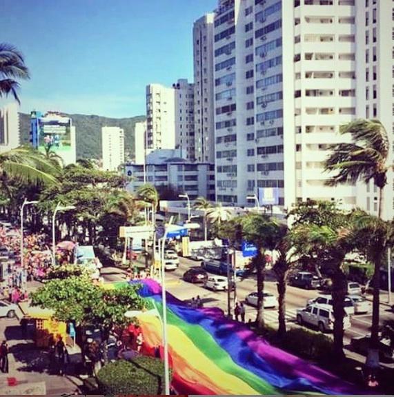 Parada Gay em Acapulco, México (Reprodução/Instagram)