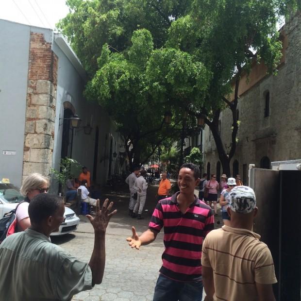 Salve simpatia: um dos pontos altos que os turistas mais gostam da República Dominicana é o clima amigável dos dominicanos (Vitor Angelo)